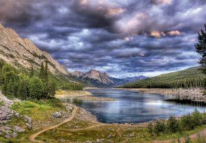 پازل ۲۰۰۰ تکه Medicine Lake – Canada